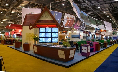 Tubular banner frame at exhibition stand